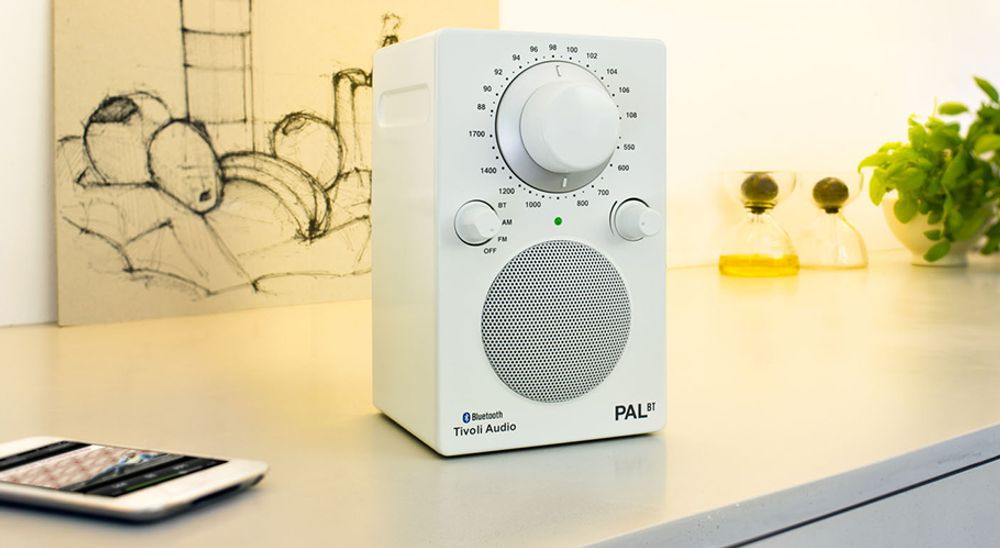 Radio AM/FM analogique sans fil transportable - Tivoli PAL BT