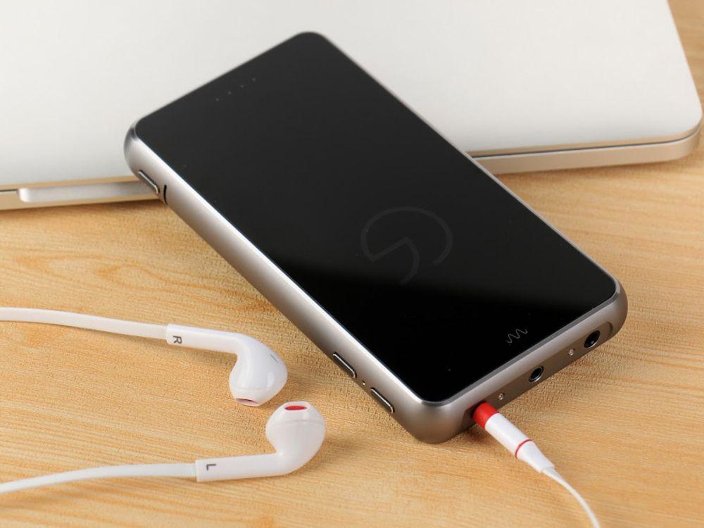 Le Celsus Companion 1 est sans aucun doute le plus complet des DAC portables jamais créés !